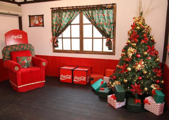 Como santa por su casa coca cola y grupo disco uruguay dan la bienvenida a la casa de pap noel - La casa de papa noel alicante ...