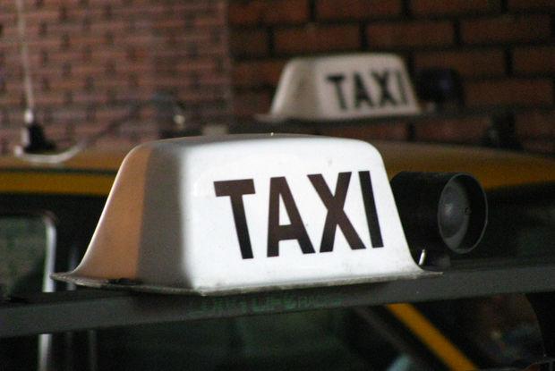 Resultado de imagen para taxi uruguay