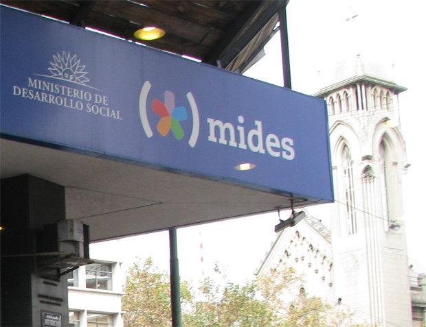 Uruguay - Ocupan el MI.DE.S