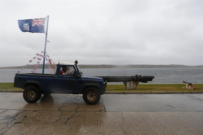 Uruguayos permiten stands de Malvinas bajo el nombre