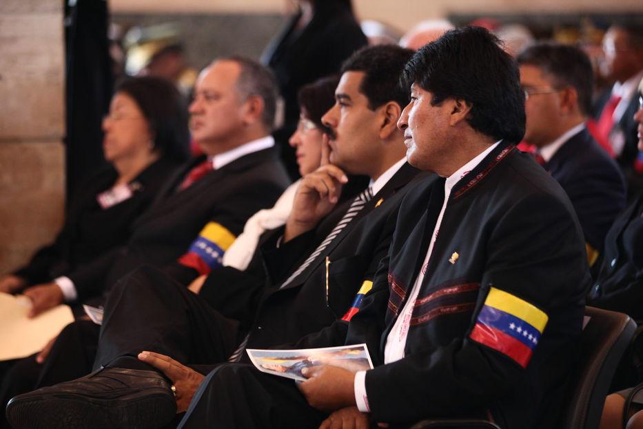 Nicolás Maduro sale al frente por la Unasur