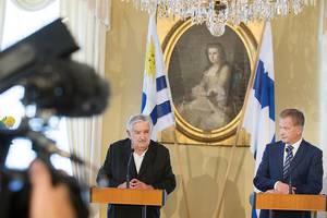 Mujica culmina visita a Finlandia