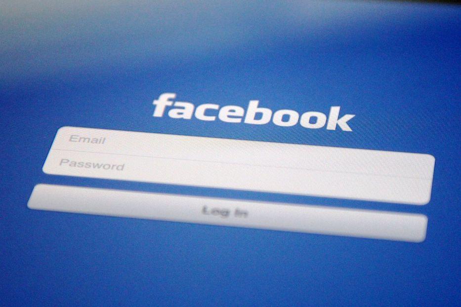 Comparecerá Zuckerberg por filtración de datos