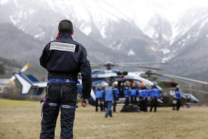 Gendarmería francesa culminó tarea de recuperación de cuerpos de víctimas de Germanwings