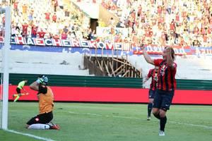 Lugano: debut y gol en Paraguay
