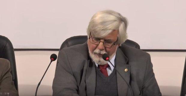 Bonomi critic resoluciones legales sobre gatillo f cil for Nomina de funcionarios del ministerio del interior