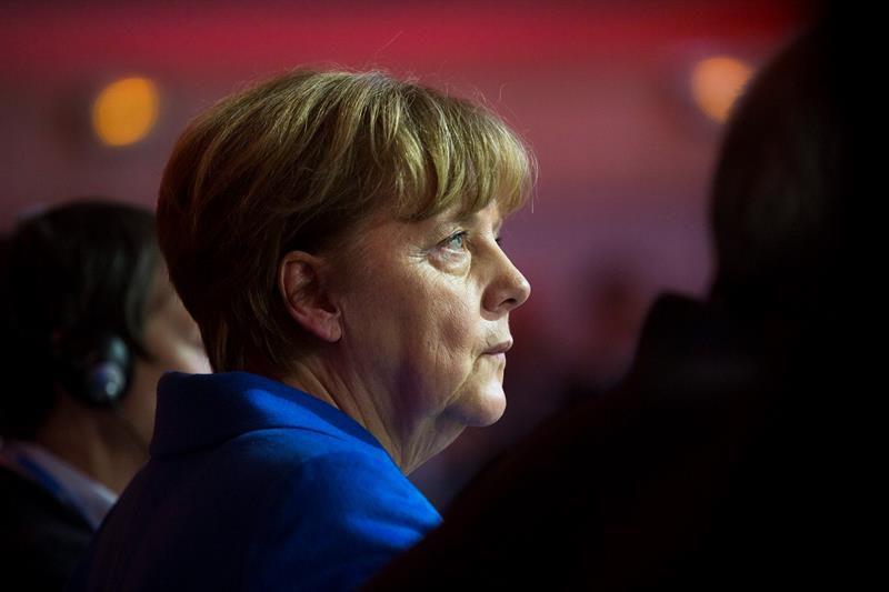 Merkel anuncia fecha en que comenzará negociaciones para formar gobierno