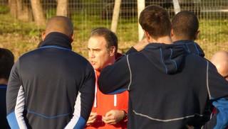 """""""Prefiero tener jugadores de más que de menos"""" dijo Martín Lasarte en conferencia de Prensa"""