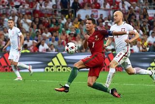 Eurocopa: Portugal y Polonia están 1-1 por un lugar en semifinales