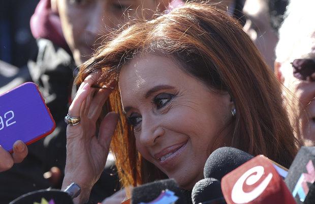 Justicia dicta la inhibición de todos los bienes de Cristina Fernández