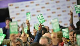 Plenario del FA aprobó habilitar reforma constitucional