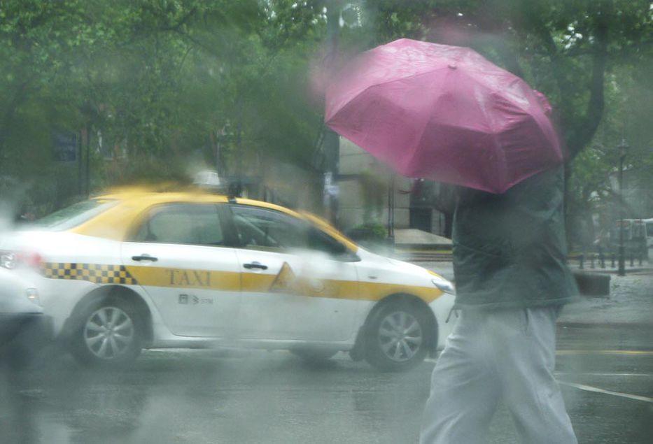 Hoy la lluvia no me moja