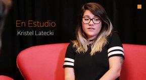 """Kristel Latecki, autora de """"Nos íbamos a comer el mundo. 20 años de rock en Uruguay""""."""
