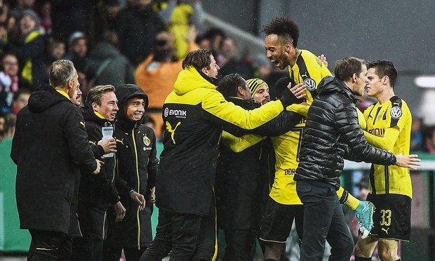 Borussia Dortmund ganó y festejó. Foto: EFE l CHRISTIAN BRUNA