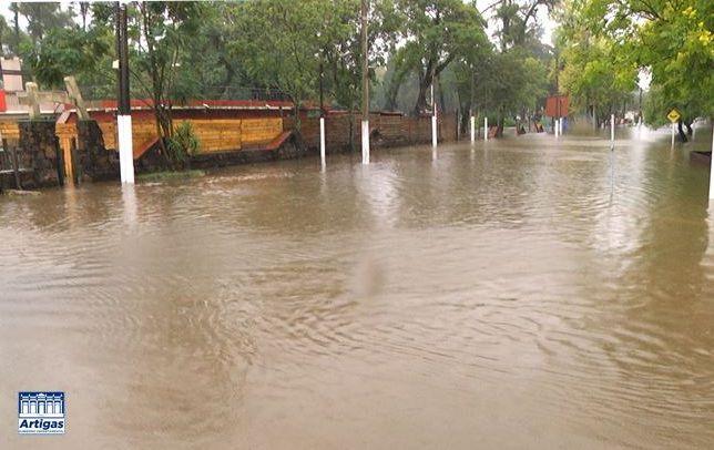 Más de 110 evacuados en Artigas y 500 en Rivera