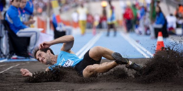Emiliano Lasa buscará un nuevo salto al oro. Foto: Prensa CAU