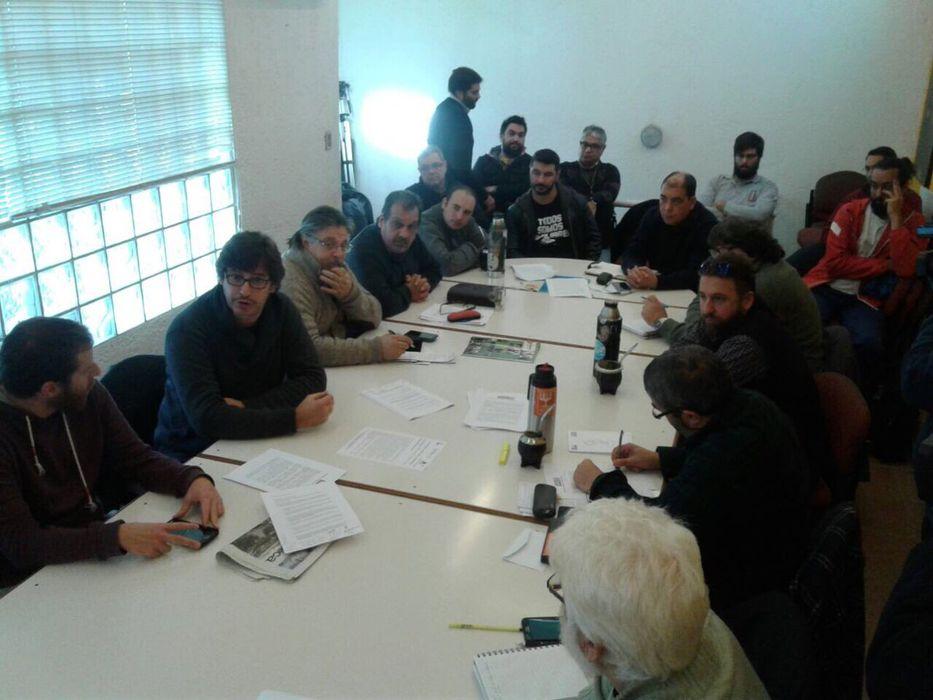 Gobierno levantó declaración de esencialidad en los combustibles — URUGUAY