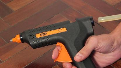 Diferentes usos de una pistola de silicona