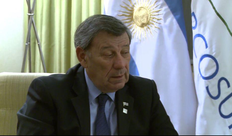 Uruguay reitera respeto a la autodeterminación en caso de Venezuela