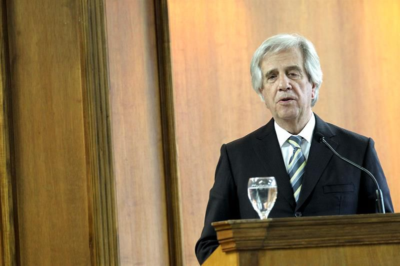 Resultado de imagen para Tabaré Vázquez rubricará hoy decreto de obligatoriedad de rendir viáticos