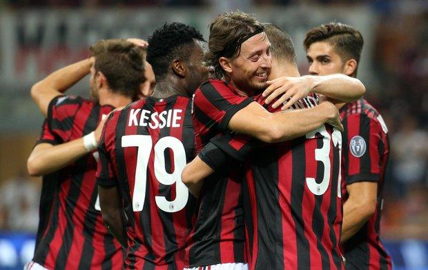 Milan goleó y se encamina. Foto: EFE l MATTEO BAZZI