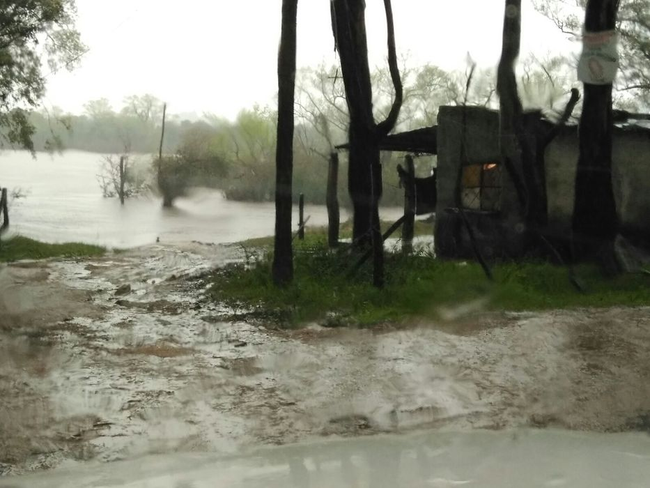 Hay más de 200 desplazados por las lluvias del fin de semana