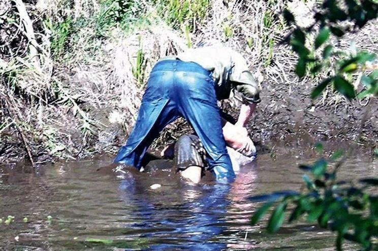 Insólito: intentó ahogar a su mujer y dijo que se resbaló