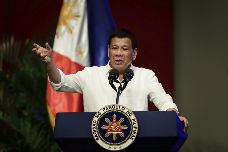 Presidente filipino confiesa que mató a un hombre sólo