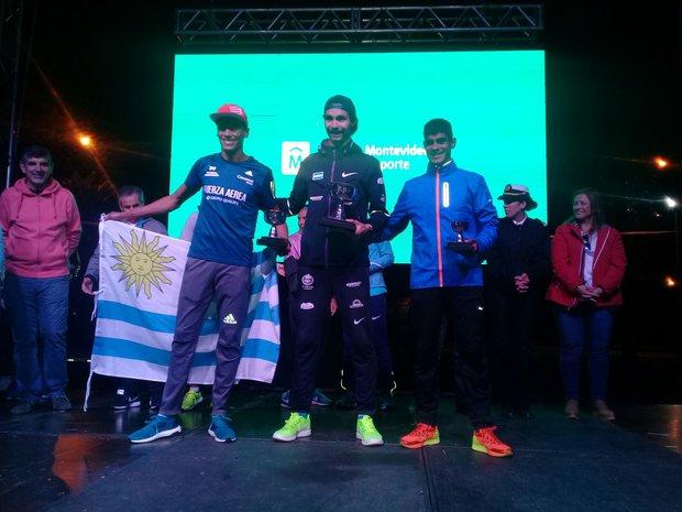 Federico Bruno en el podio de la San Felipe y Santiago