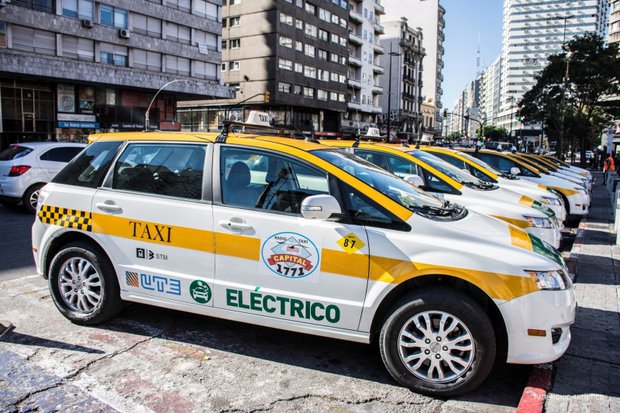 Taxi eléctrico de Montevideo (Foto: UTE)