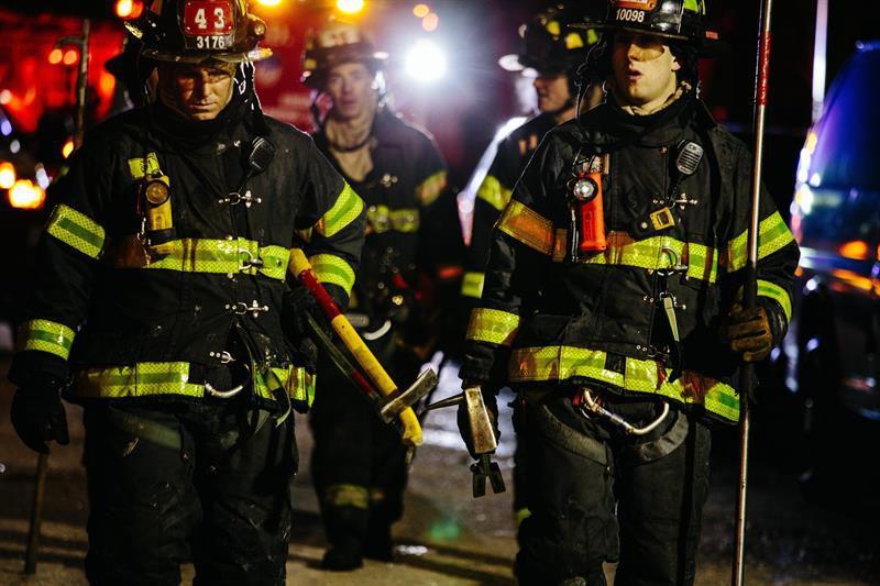 Incendio en Nueva York; al menos 12 muertos