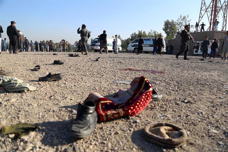 Atentado en funeral en Afganistán suma 17 muertos