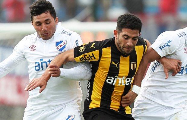 Viudez será titular; Gargano no jugará. Foto: EFE