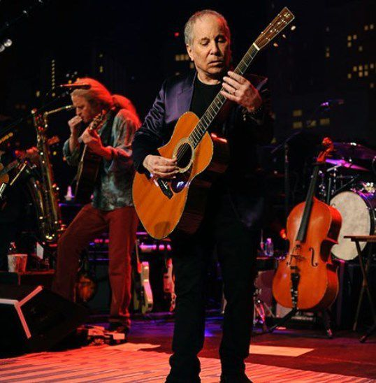 Paul Simon se despide de los escenarios con show final en Londres