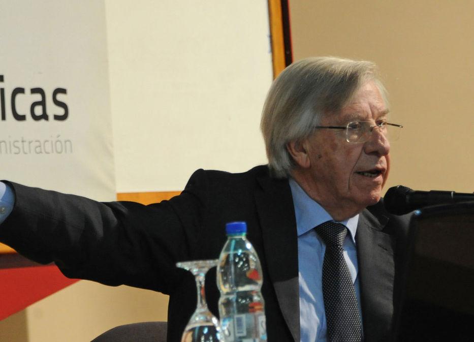 Uruguay proyecta alza acumulada del PIB de 21% para el período 2011