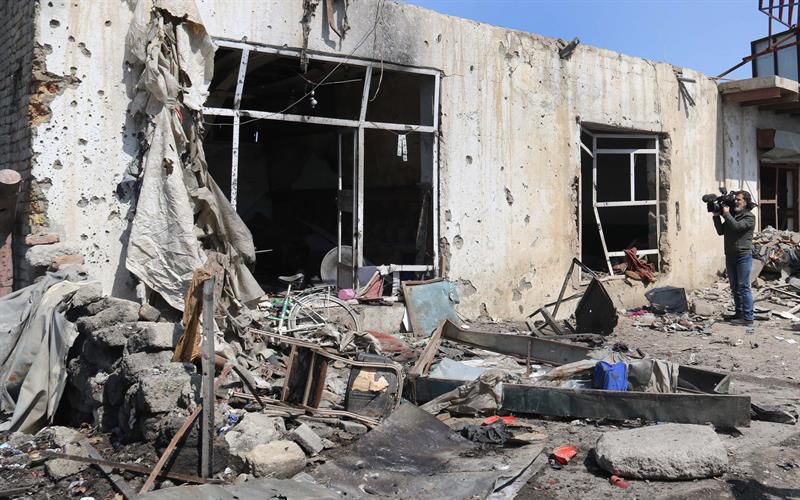 Al menos 29 muertos y 52 heridos en atentado suicida en Afganistán