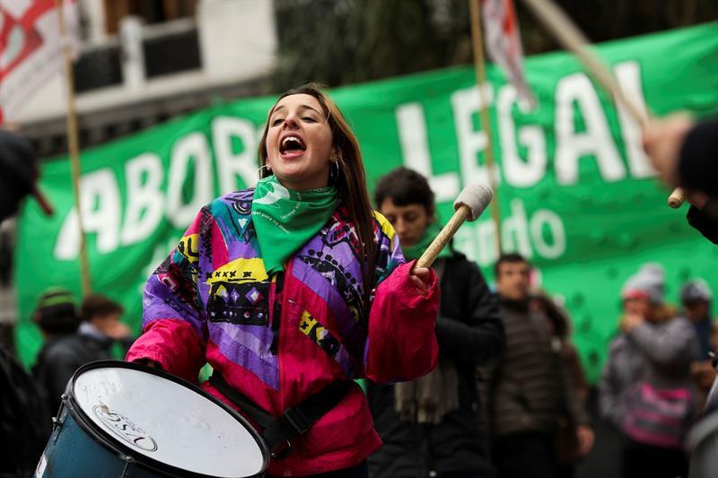 Amnistía Internacional celebró la media sanción de la legalización del aborto