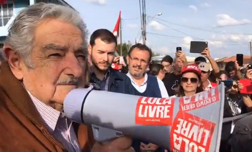 El expresidente uruguayo Pepe Mujica visitará a Lula en prisión este jueves