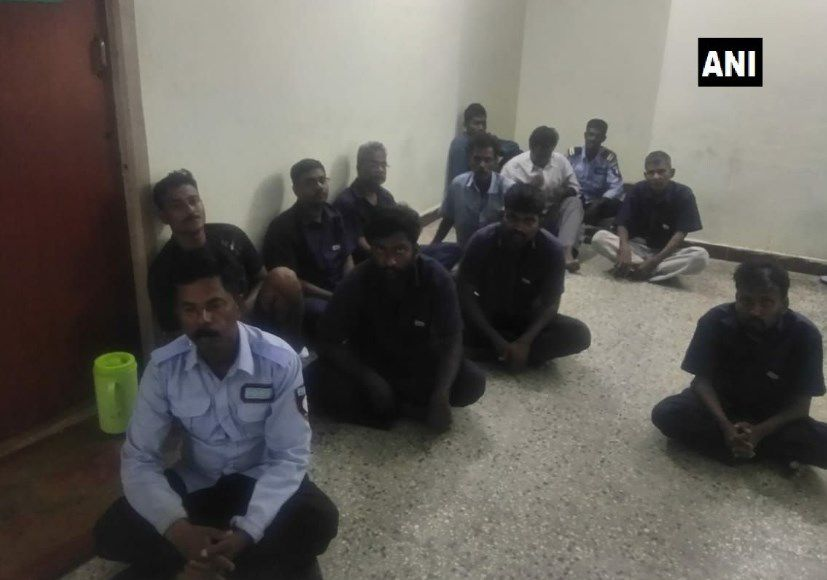 Violadores son golpeados por abogados en Tribunal de la India