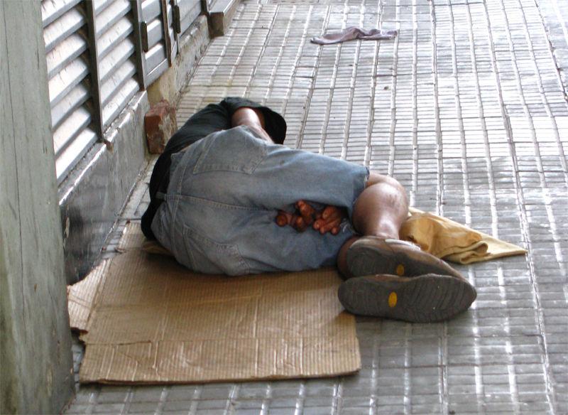 La Gente Durmiendo En La Calle La Carta A Tabaré Vázquez Y Un Tirón De Orejas A Martínez