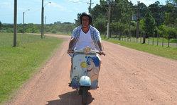 Contenido de la imagen Súbete a su moto