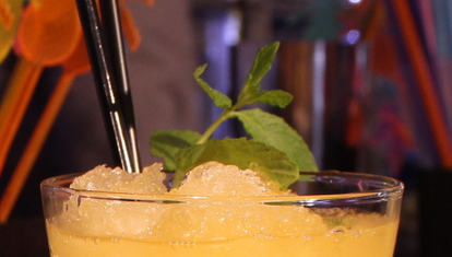 M bar: mojito de maracuyá