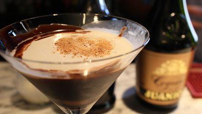 M bar: Brandy Alexander