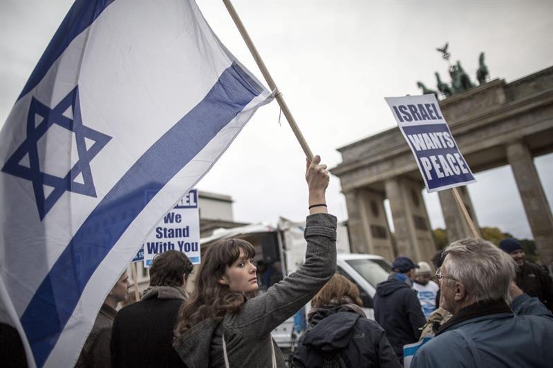 Israel y Emiratos Árabes Unidos alcanzan acuerdo histórico de paz, dice Trump
