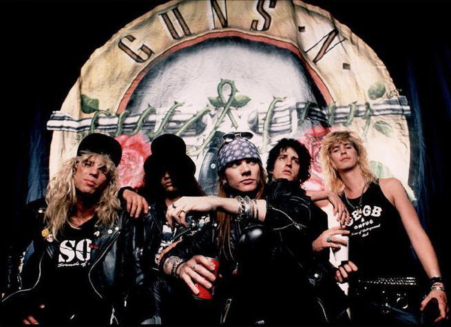 Demanda Guns N' Roses a cervecería por uso de marca