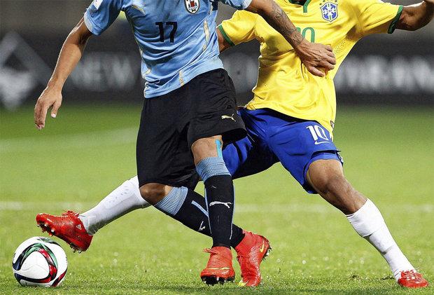 Uruguay y Brasil se enfrentan desde las 17.