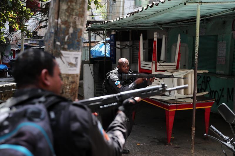 """Resultado de imagen para Mueren 17 personas en enfrentamiento con policías en Brasil"""""""