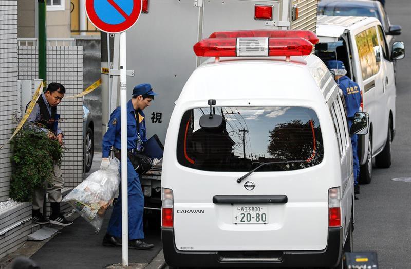 Abe decide ampliar a todo Japón el estado de emergencia