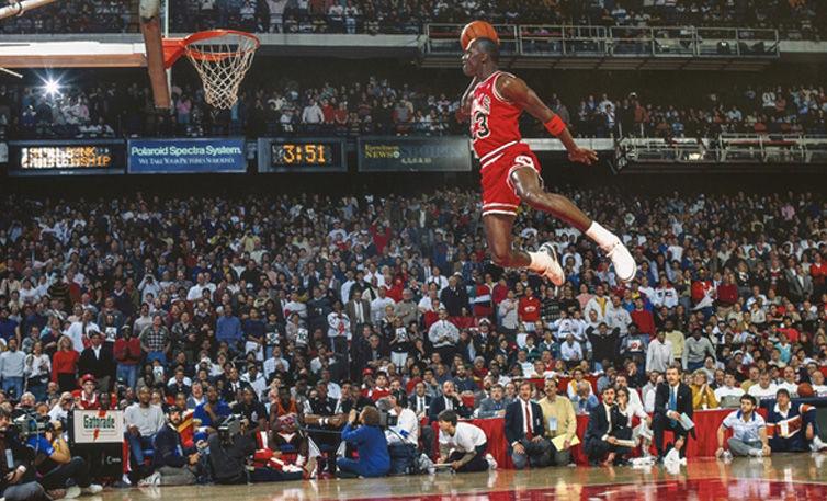 Viaje Moderar Planta de semillero  NBA: 30 años de la mejor volcada de Michael Jordan y el mejor concurso de  hundidas
