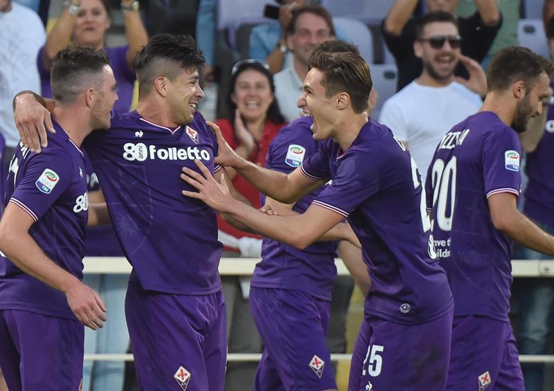 91b21f2f38e60 Italia  Napoli cayó 3-0 en su visita a Fiorentina y quedó a cuatro puntos  de la Juventus